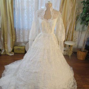 7 Tiers Lace 50s Vintage Wedding Dress Ball Gown